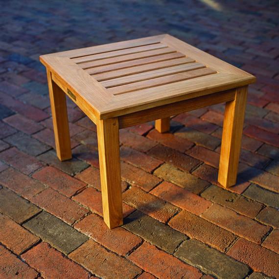 Kingsley-Bate Classic Teak 20� Square Side Table (15�H)