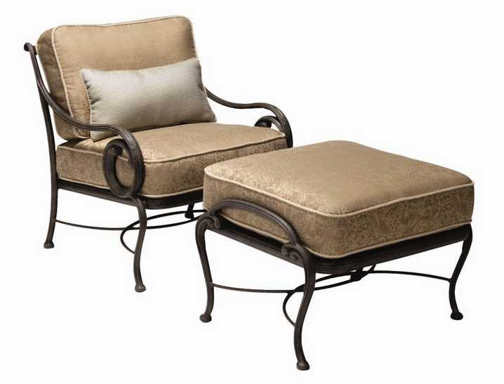 Landgrave Old Gate Cast Aluminum Lounge Chair
