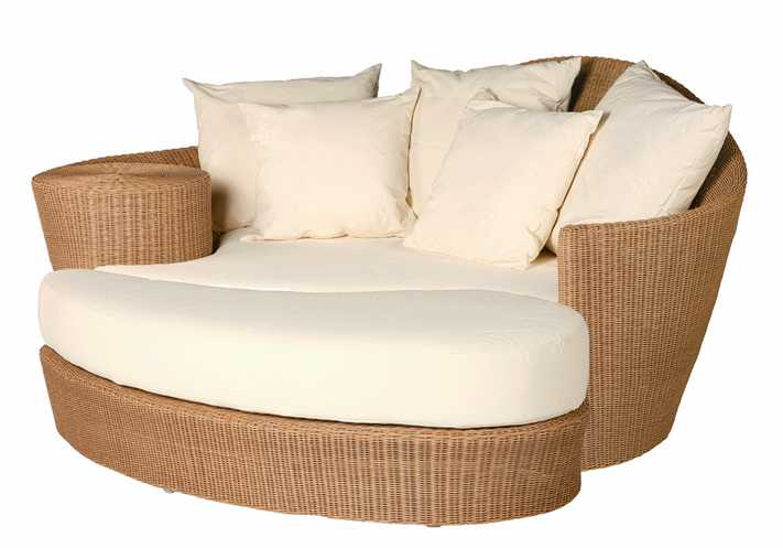 Barlow Tyrie Dune Woven Daybed And Ottoman