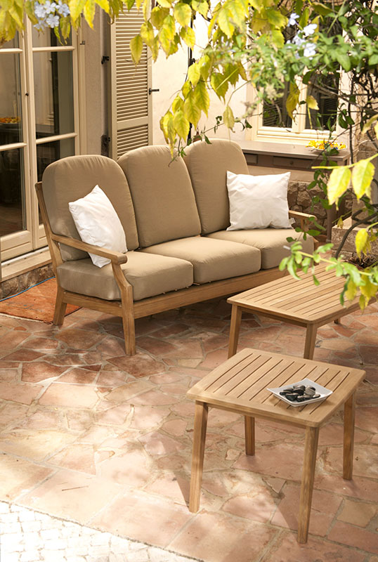 Barlow Tyrie Chesapeake Deep Seating Teak Sofa