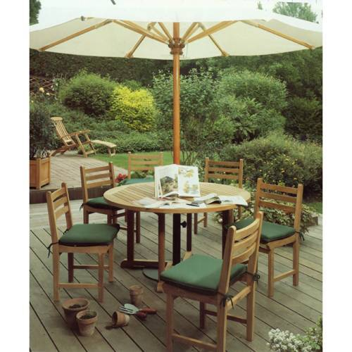 Barlow Tyrie Balmoral Teak 51� Circular Dining Table