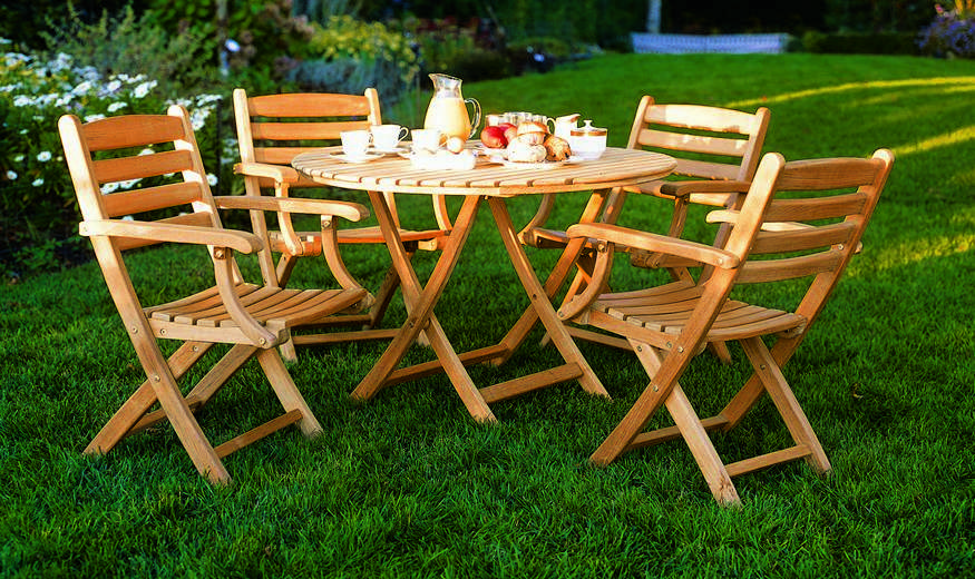 Kingsley-Bate Newport Teak Folding Dining Table 42�