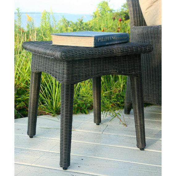 Kingsley-Bate Culebra 18.5� Side Table