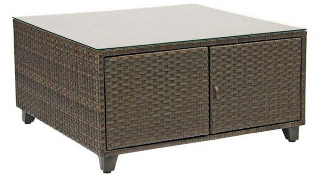 Del Cristo Wicker Chat Table – Woven with Glass Top