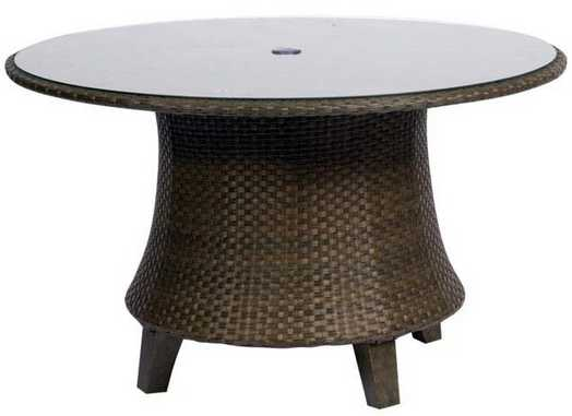 Del Cristo Wicker 54� Round Dining Table – Woven with Glass Top