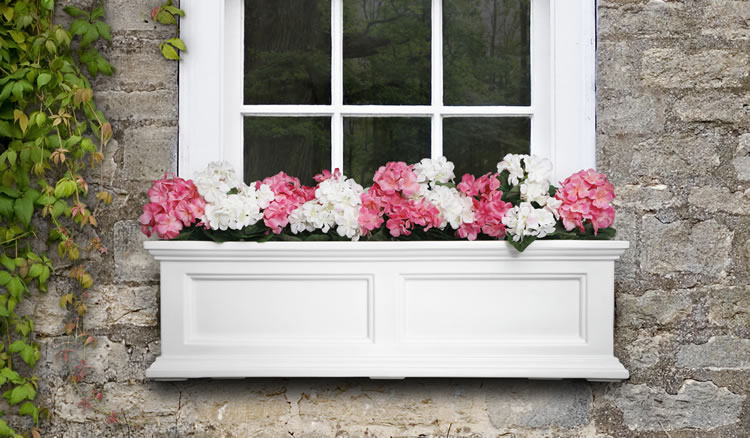 Fairfield Window Box 3FT White, Black, Clay