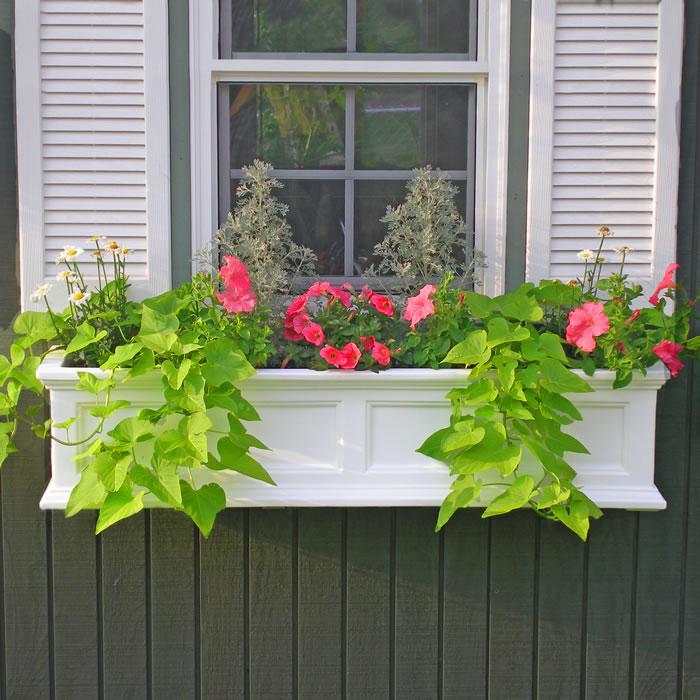 Fairfield Window Box 4FT White, Black, Clay