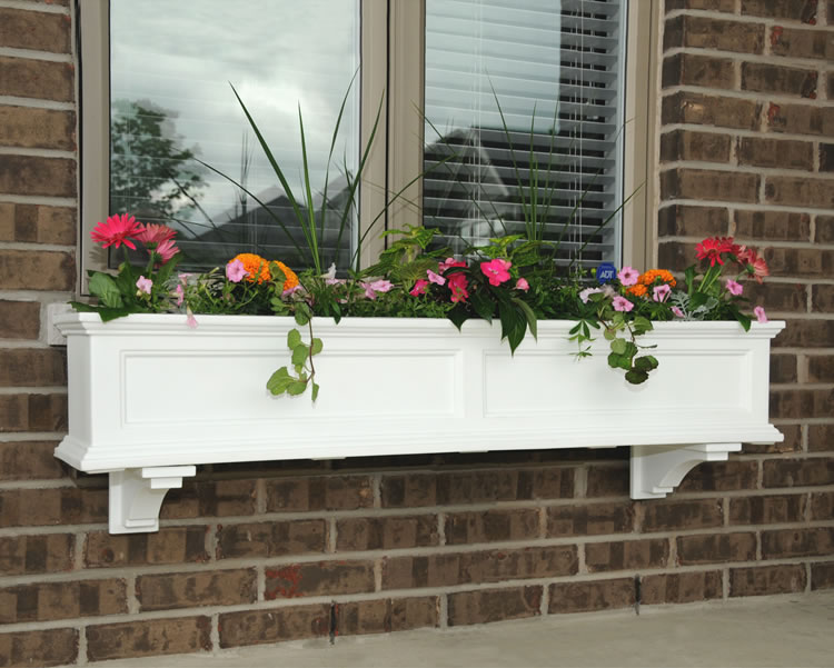 Fairfield Window Box 5FT White, Black, Clay