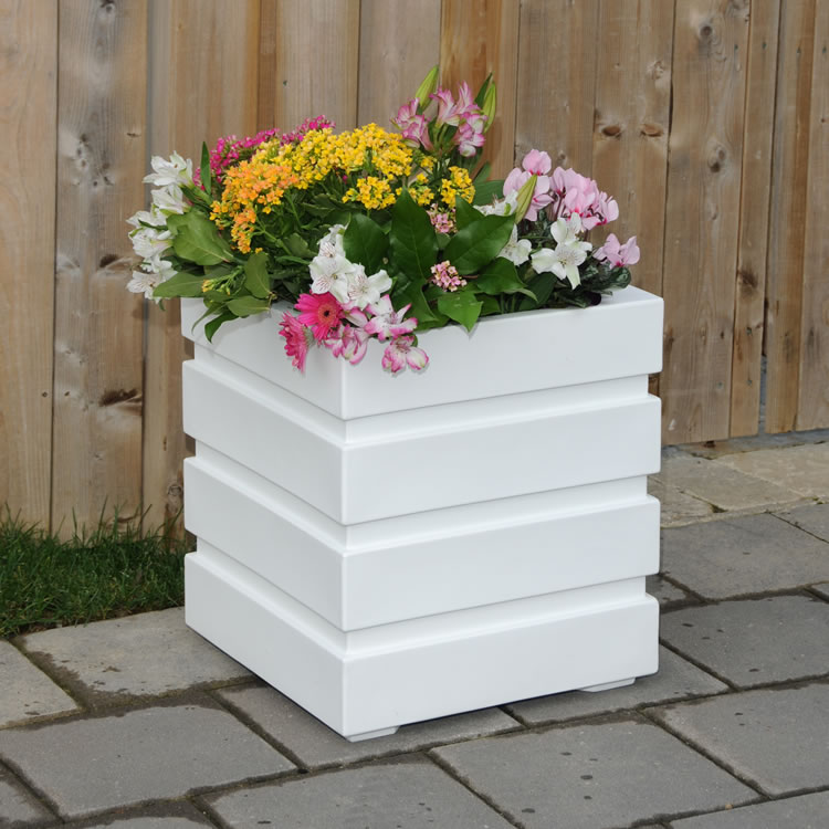 Freeport Patio Planter 18×18 White