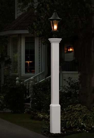 Madison Lamp Post