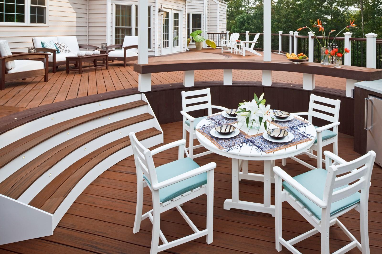 Trex� Outdoor Furniture� Monterey Bay 5 Piece Dining Ensemble