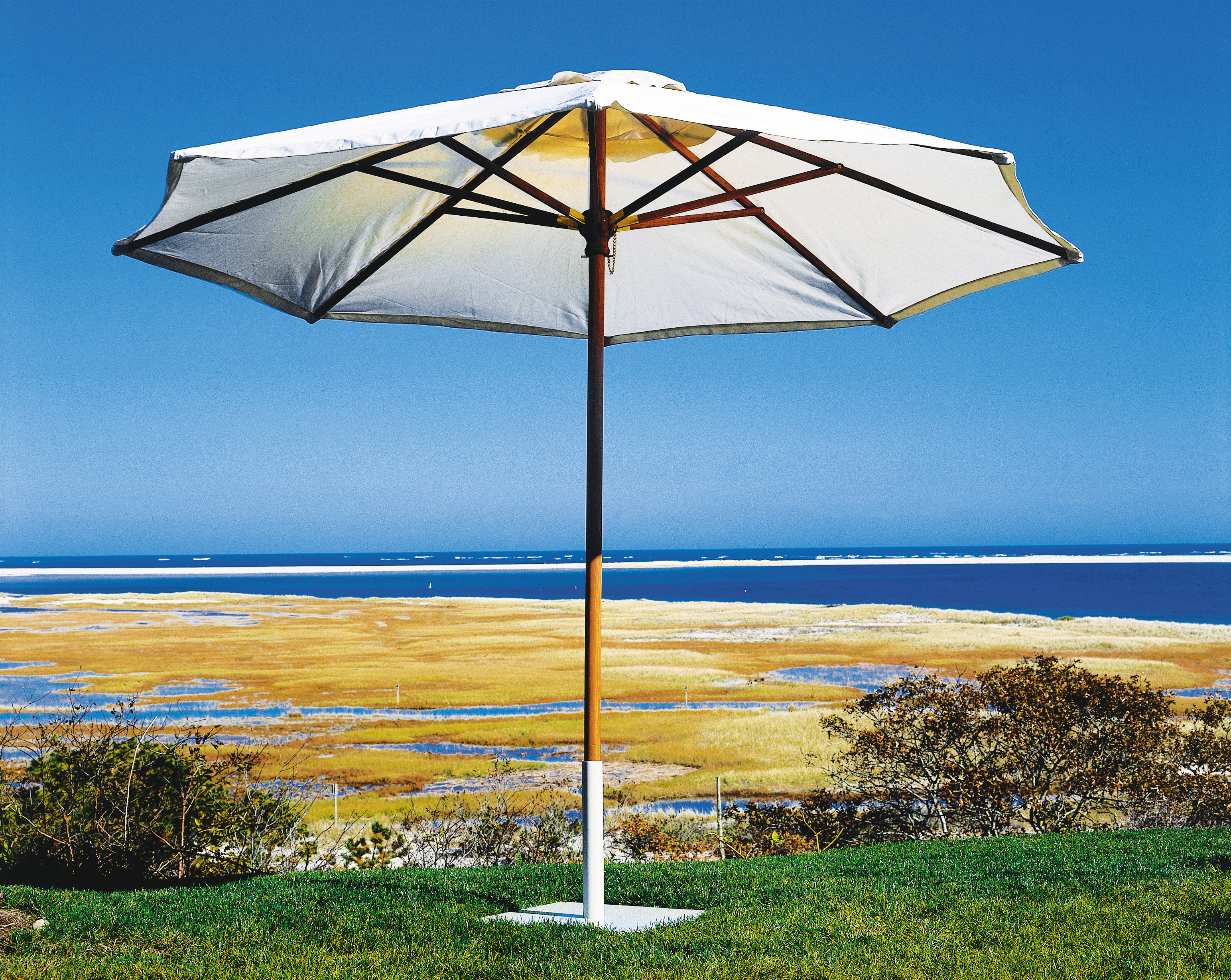 Kingsley-Bate 11.5 Foot Teak Market Umbrella