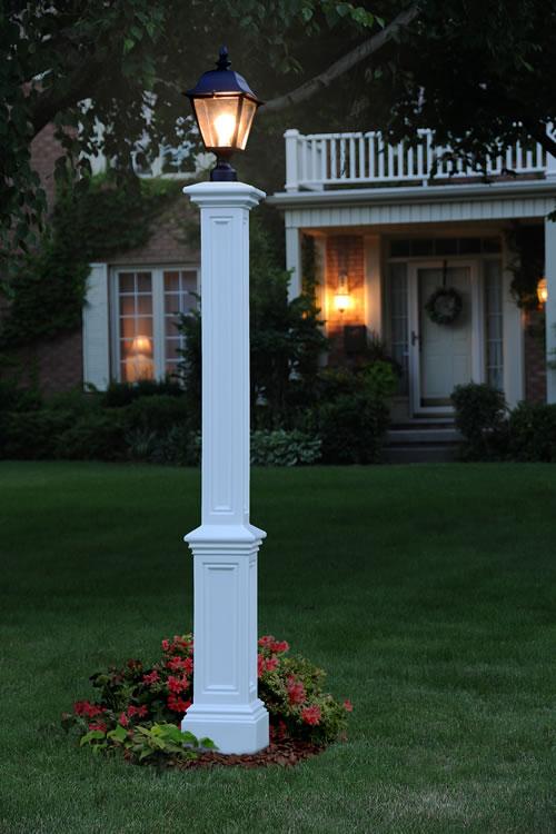 Signature Lamp Post