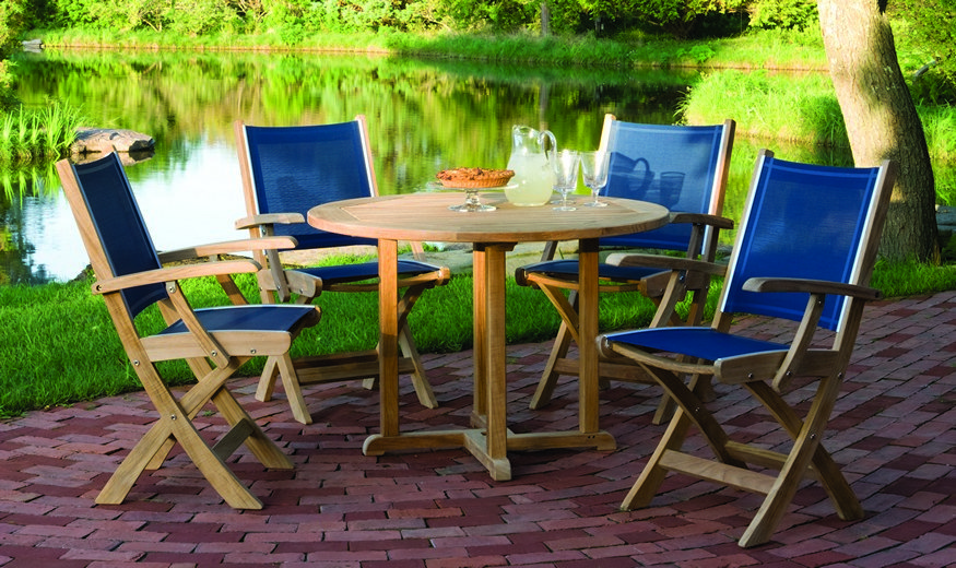 Kingsley-Bate St. Tropez and Essex 5 Piece Dining Ensemble