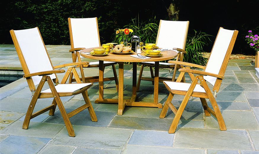 Kingsley-Bate St. Tropez and Essex 5 Piece Dining Ensemble with Adjustable Chair