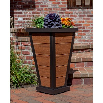 "Trex® Outdoor Furniture™ Parsons Pyramid 18"" Planter 5 Board  by Trex Outdoor Furniture"