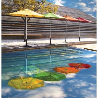 Treaure Garden 7.5' Commercial Octagon Center Post Umbrella  by Treasure Garden